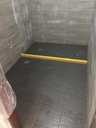 (同上,做完陳大哥很滿意!馬上又做一間一模一樣的)台中陳先生 浴室興建
