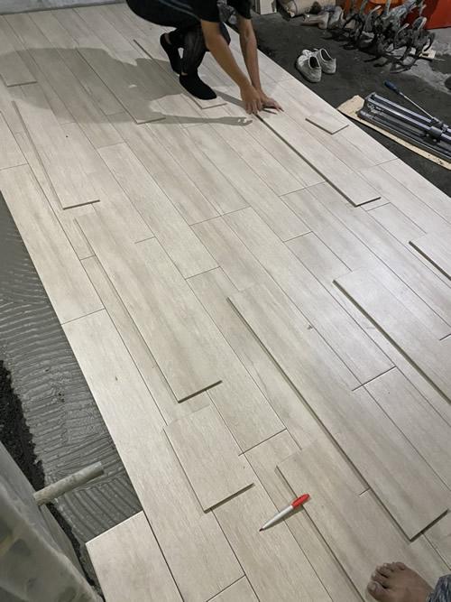 台中市林小姐 浴室興建 水切機壁磚